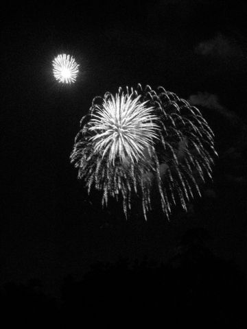BW fireworks1