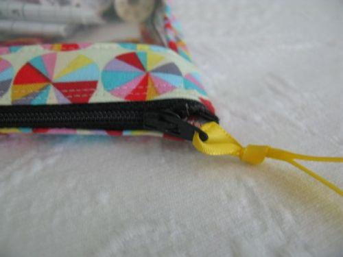 Zipper Pull Ribbon