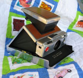 Polaroid CameraQuilt