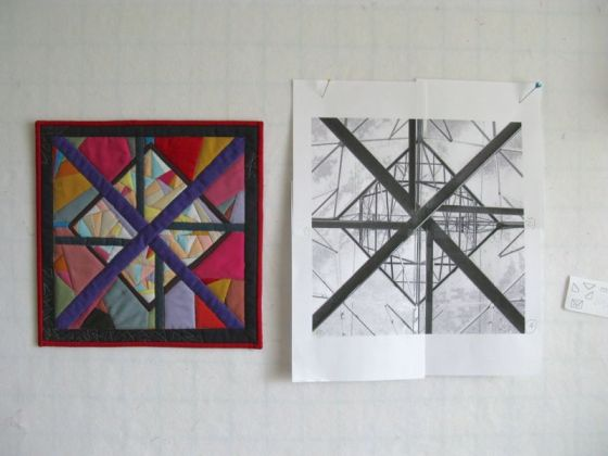 On Line art quilt with picture