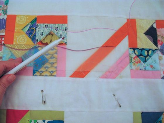 Tracing Wavy Lines Quilting