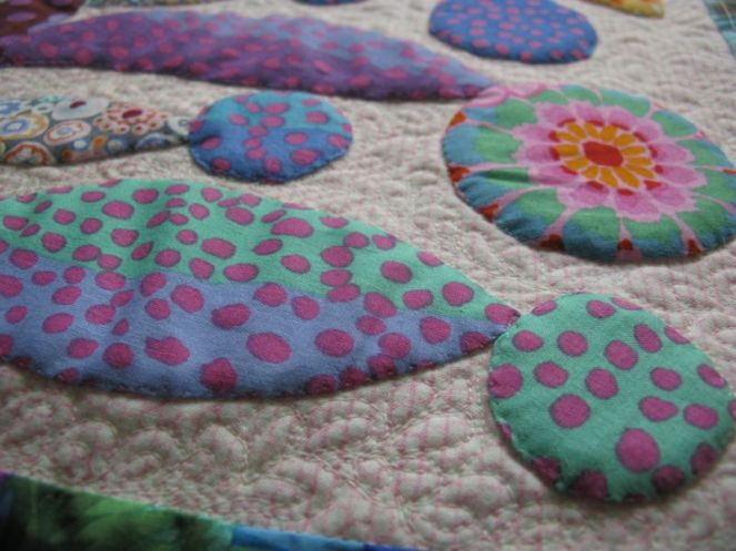 Lollypop Tree Quilting detail_3