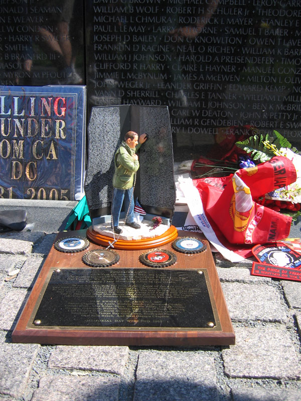 Vietnam War Memorial Statuette