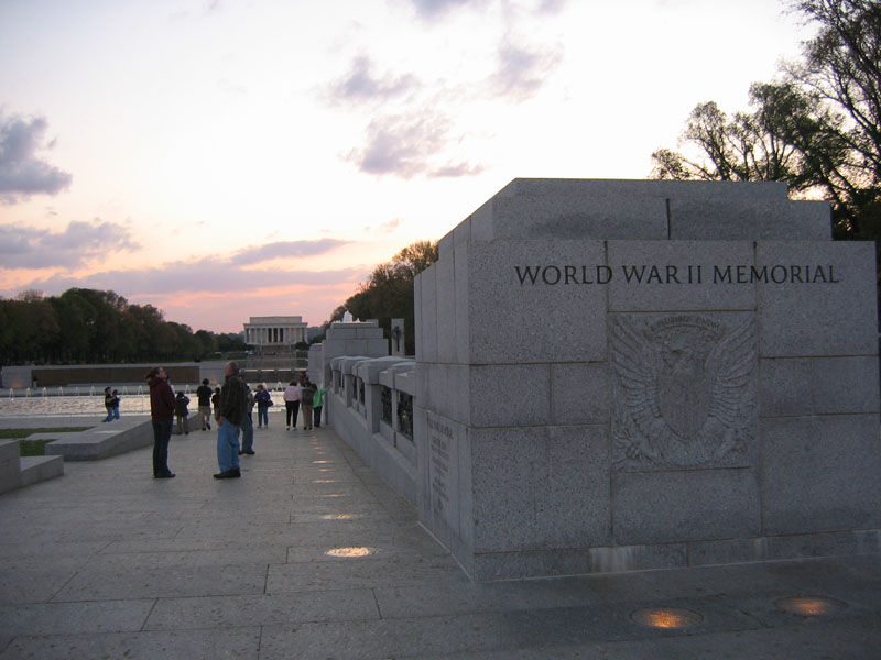 WWII Lincoln Memorial