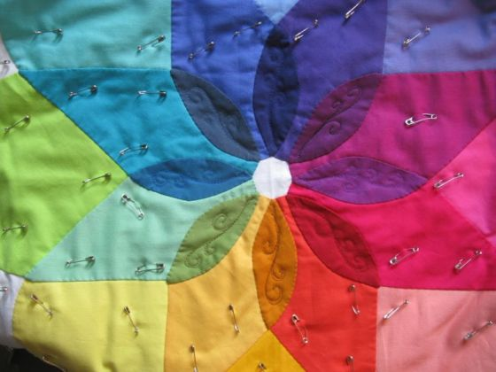 Colorwheel Quilt_petals1