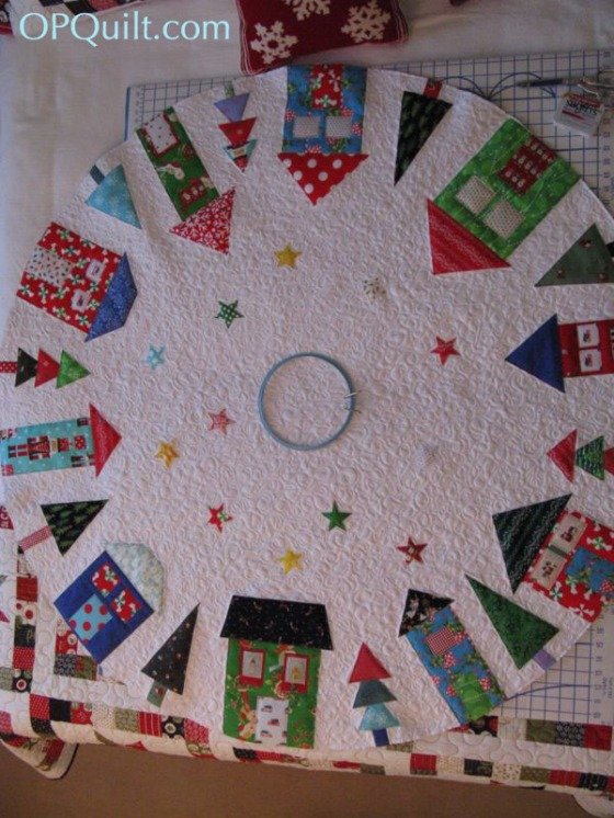how to make patchwork christmas tree skirt