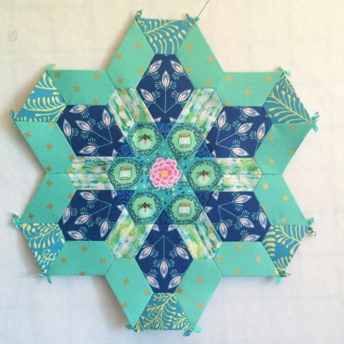 Rosette 4 center sewn