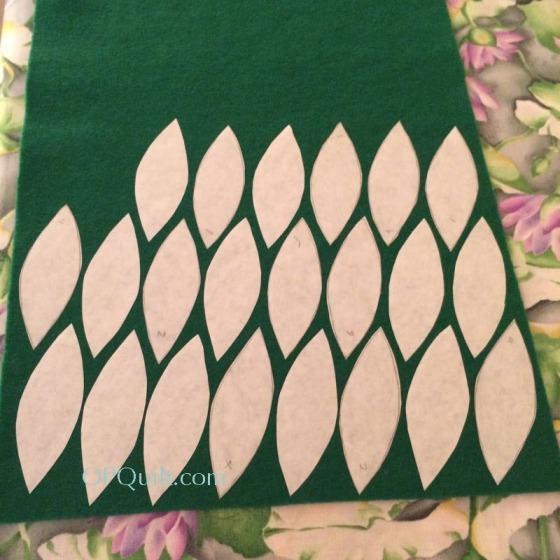 ohchristmastree3_leaves2