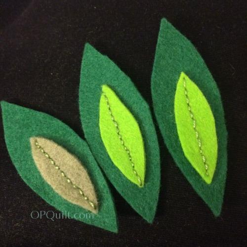 ohchristmastree3_leaves3