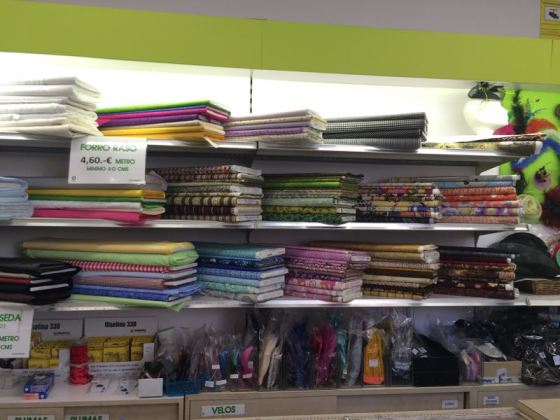 Threads_spain11patchworkfabrics