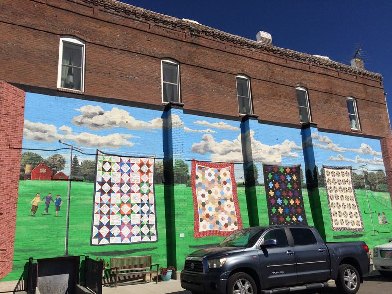 A Visit To Missouri Star Quilt Company Occasionalpiece