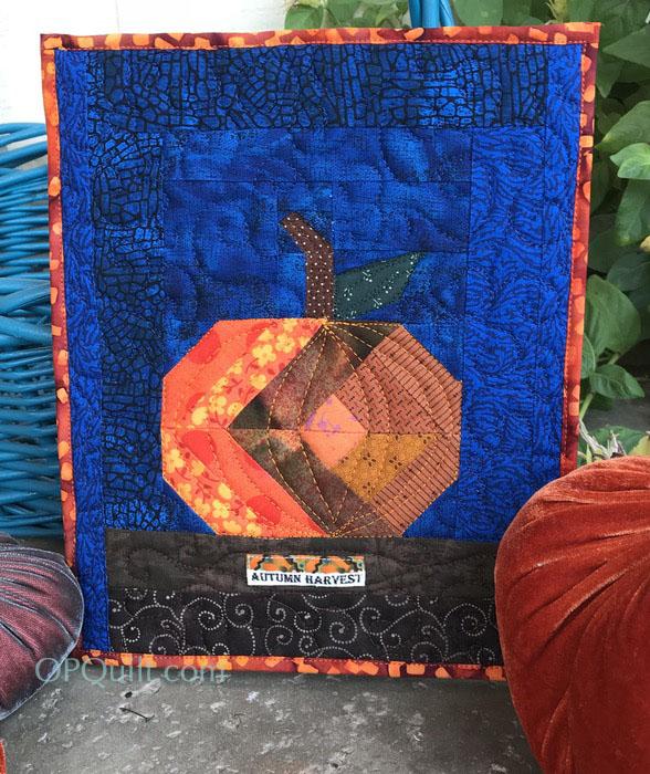 Tiny Pumpkin Quilt_front