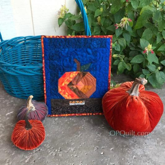 Tiny Pumpkin Quilt_front2