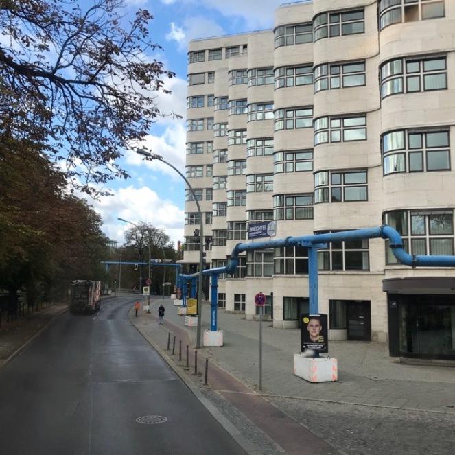 Berlin curvy building