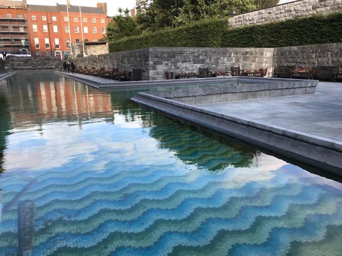 Dublin Garden of Remembrance waves.jpg
