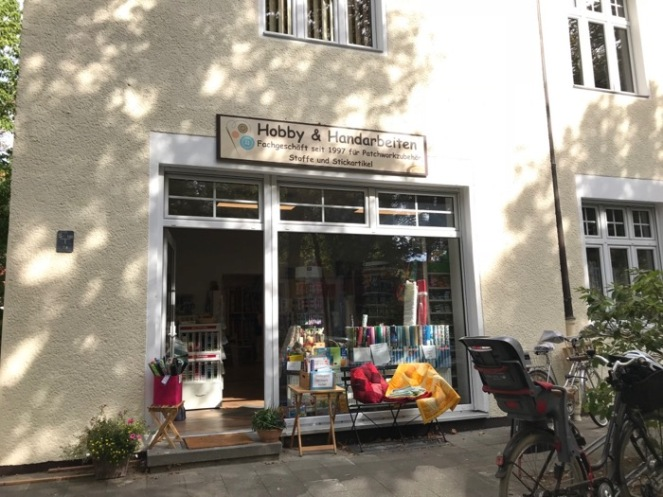 Evelinde Fabric Shop1