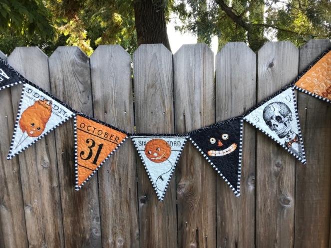 Halloween Pennant Banner_1